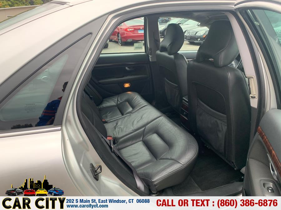 2004 Volvo S80 4dr Sdn 2.5L Turbo w/Sunroof, available for sale in East Windsor, Connecticut | Car City LLC. East Windsor, Connecticut