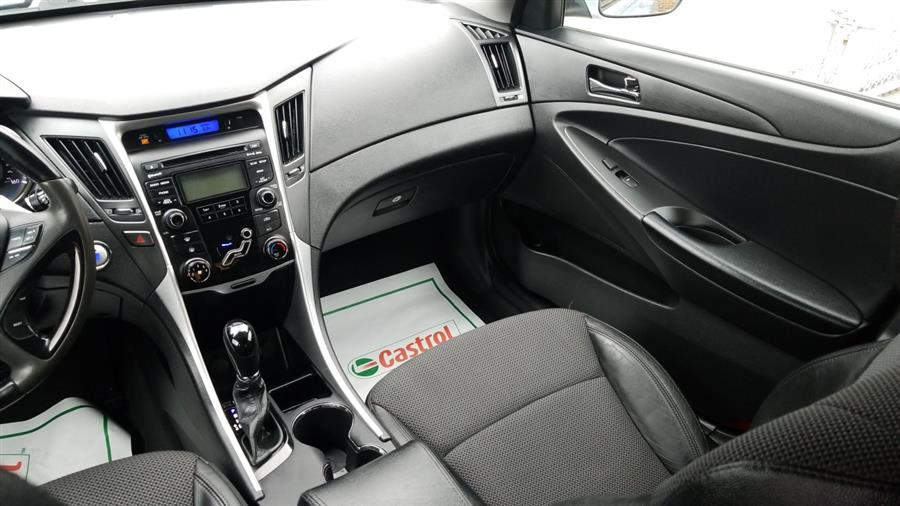 2012 Hyundai Sonata 4dr Sdn 2.4L Auto SE, available for sale in Bronx, New York | New York Motors Group Solutions LLC. Bronx, New York