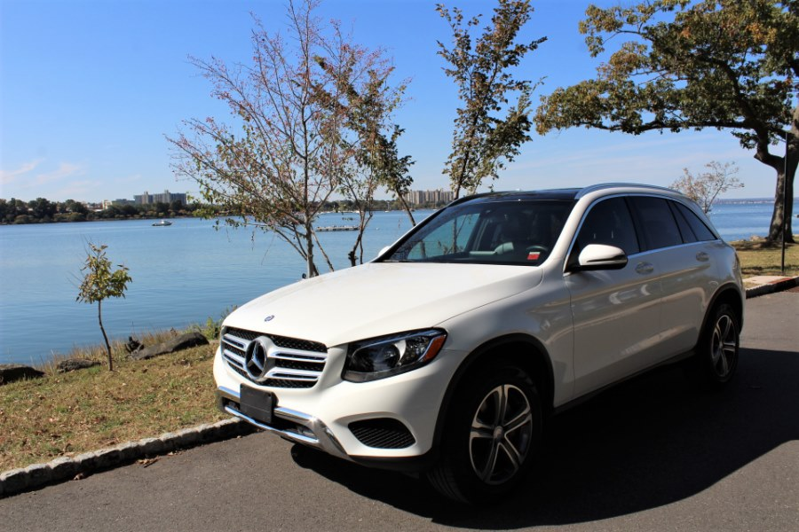 2017 Mercedes-Benz GLC GLC 300 4MATIC SUV, available for sale in Great Neck, NY