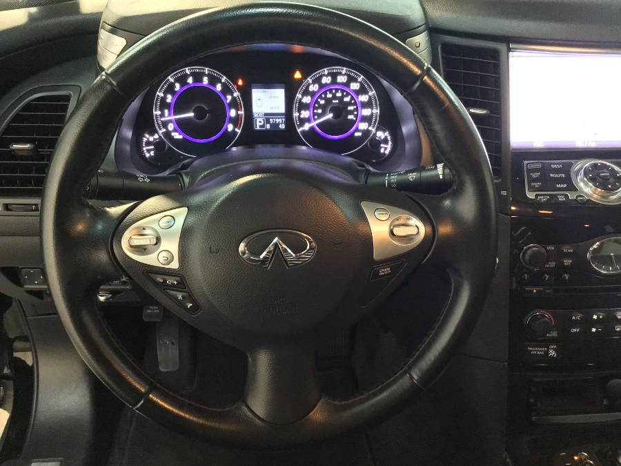 2014 Infiniti QX70 AWD 4dr, available for sale in Hillside, New Jersey | M Sport Motor Car. Hillside, New Jersey