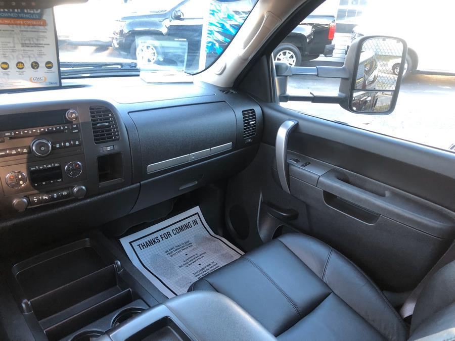 "Used Chevrolet Silverado 2500HD 4WD Crew Cab 153.7"" LT 2014 | Select Cars Inc. Selden, New York"