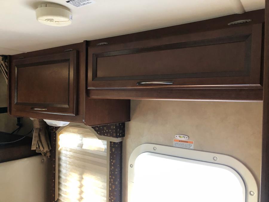 2013 Chevrolet Express Commercial Cutaway 3500 Van 159