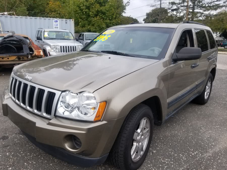 Used 2006 Jeep Grand Cherokee in Patchogue, New York | Romaxx Truxx. Patchogue, New York