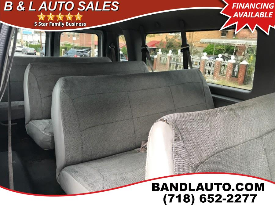 2002 Ford Econoline Wagon E-350 Super Ext XLT, available for sale in Bronx, New York | B & L Auto Sales LLC. Bronx, New York