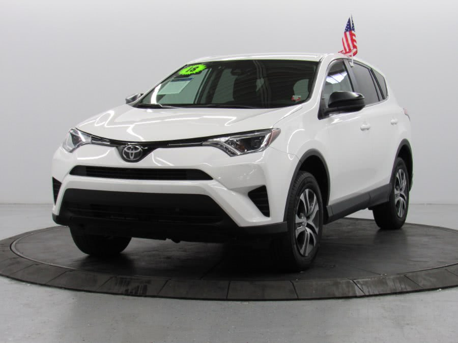 Used Toyota RAV4 LE FWD (Natl) 2018 | Car Factory Inc.. Bronx, New York