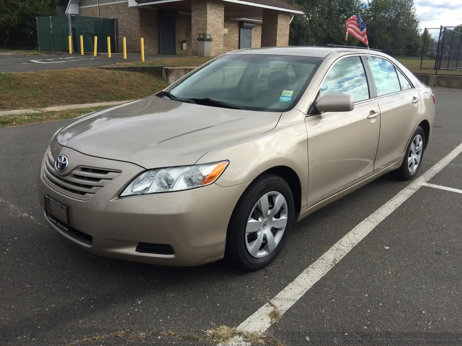 Used Toyota Camry 4dr Sdn I4 Auto CE 2007 | Mike's Motors LLC. Stratford, Connecticut