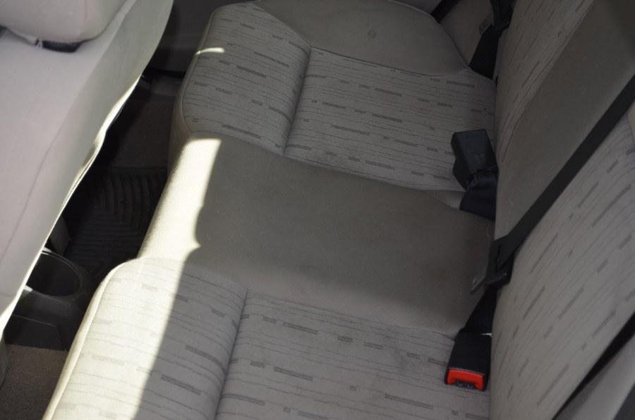 2008 Ford Focus 4dr Sdn SE, available for sale in Bridgeport, Connecticut | Airway Motors. Bridgeport, Connecticut