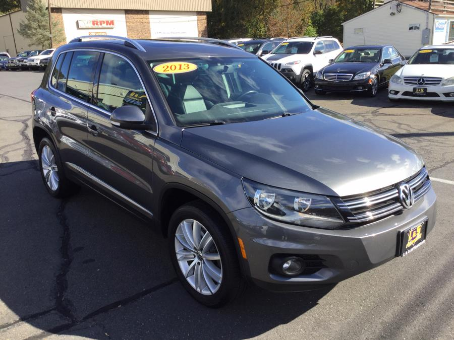 2013 Volkswagen Tiguan 4WD 4dr Auto SE w/Sunroof & Nav *Ltd Avail*, available for sale in Plantsville, Connecticut | L&S Automotive LLC. Plantsville, Connecticut