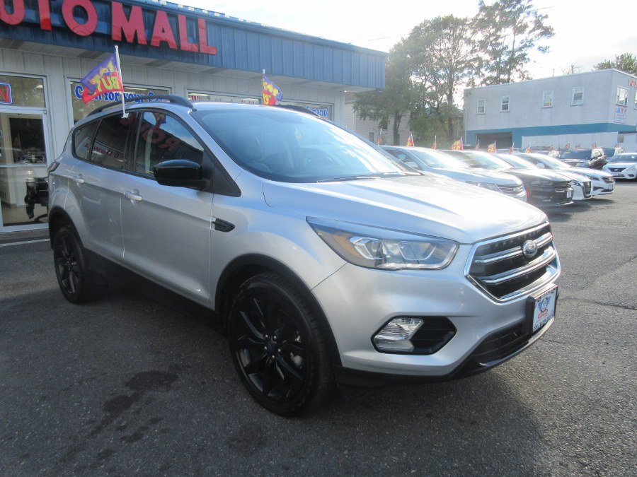 Used Ford Escape SE FWD 2017 | Route 27 Auto Mall. Linden, New Jersey