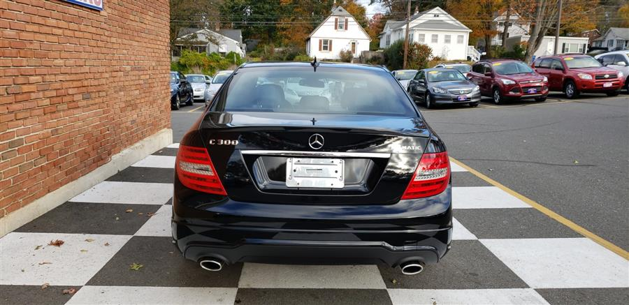 2014 Mercedes-Benz C-Class 4dr Sdn C300 Luxury 4MATIC, available for sale in Waterbury, Connecticut | National Auto Brokers, Inc.. Waterbury, Connecticut