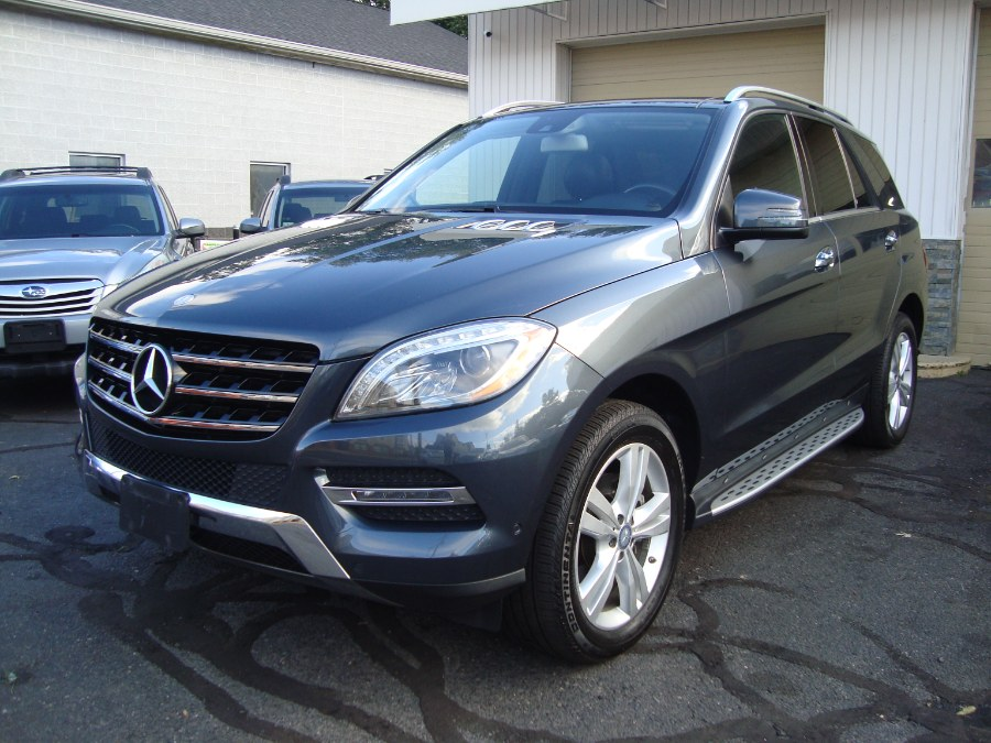 2014 Mercedes-Benz M-Class 4MATIC 4dr ML350, available for sale in Manchester, Connecticut | Yara Motors. Manchester, Connecticut