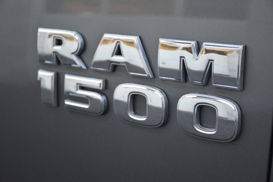 2013 Ram 1500 4WD Crew Cab  SLT, available for sale in Waterbury, Connecticut | Highline Car Connection. Waterbury, Connecticut