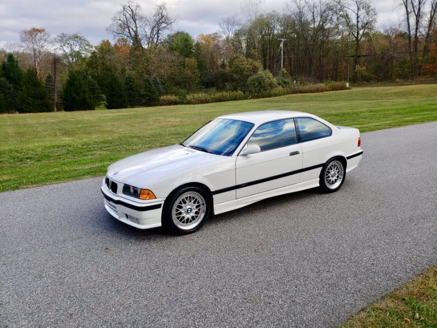 Used 1994 BMW 3-Series in North Salem, New York | Meccanic Shop North Inc. North Salem, New York