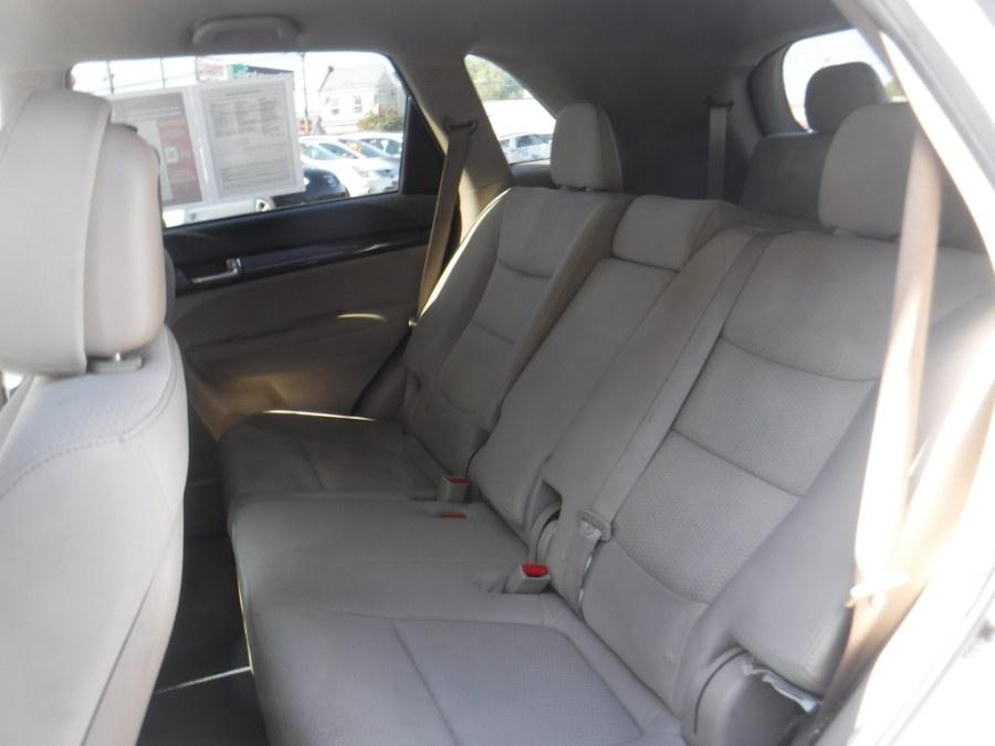 2012 Kia Sorento AWD 4dr V6 LX, available for sale in Philadelphia, Pennsylvania   Eugen's Auto Sales & Repairs. Philadelphia, Pennsylvania