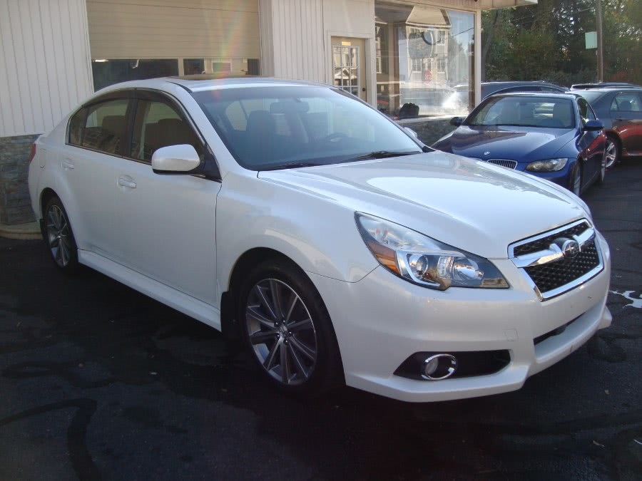 Used 2013 Subaru Legacy in Manchester, Connecticut | Yara Motors. Manchester, Connecticut
