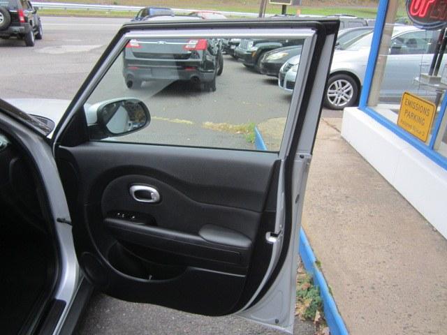 Used Kia Soul 5dr Wgn Auto Base 2014 | Cos Central Auto. Meriden, Connecticut