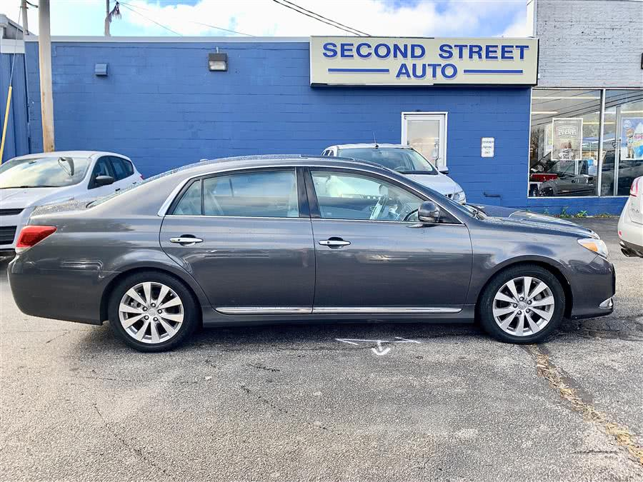 Used 2011 Toyota Avalon in Manchester, New Hampshire | Second Street Auto Sales Inc. Manchester, New Hampshire