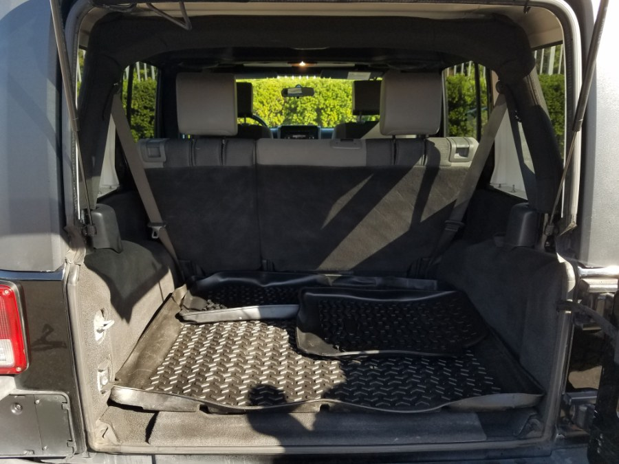 2007 Jeep Wrangler 4WD 4dr Unlimited X w/Hard Top, available for sale in Queens, NY