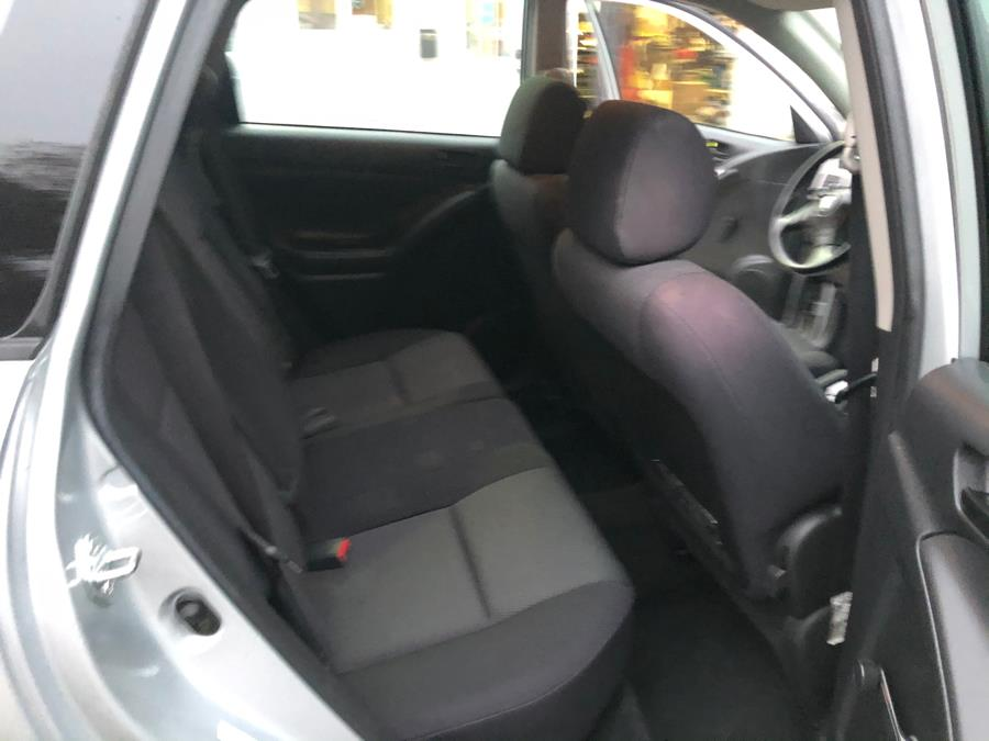 2006 Pontiac Vibe 4dr HB FWD, available for sale in Watertown, Connecticut | House of Cars. Watertown, Connecticut