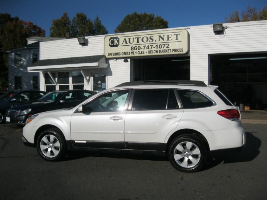 Used Subaru Outback 2.5i Limited 2011 | Skytop Motors. Plainville, Connecticut