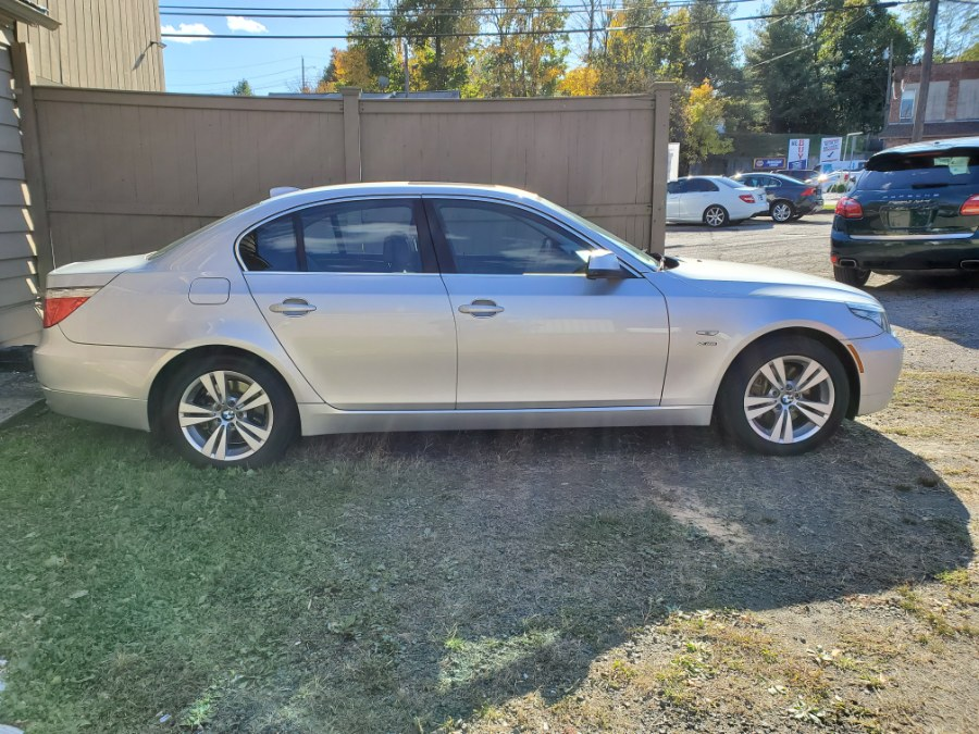2010 BMW 5 Series 4dr Sdn 528i xDrive AWD, available for sale in Danbury, Connecticut   Performance Imports. Danbury, Connecticut