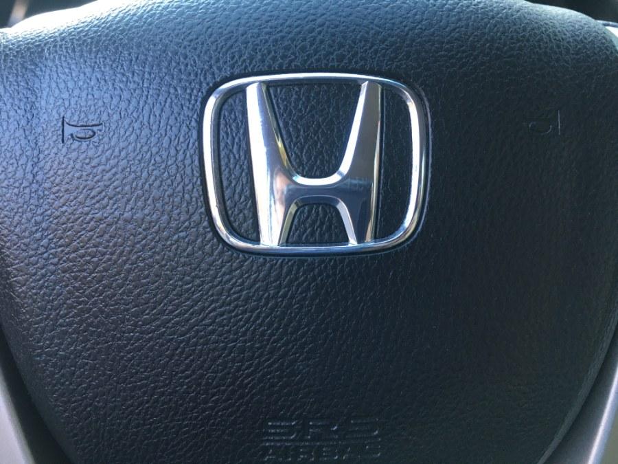 Used Honda Accord Sdn 4dr I4 Auto LX-P 2011 | Bristol Auto Center LLC. Bristol, Connecticut