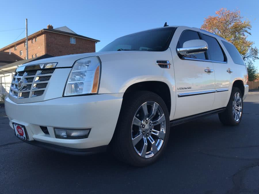 Used 2008 Cadillac Escalade in Hartford, Connecticut | Lex Autos LLC. Hartford, Connecticut