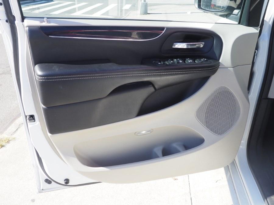 Used Dodge Grand Caravan SXT Wagon 2018   Hillside Auto Mall Inc.. Jamaica, New York