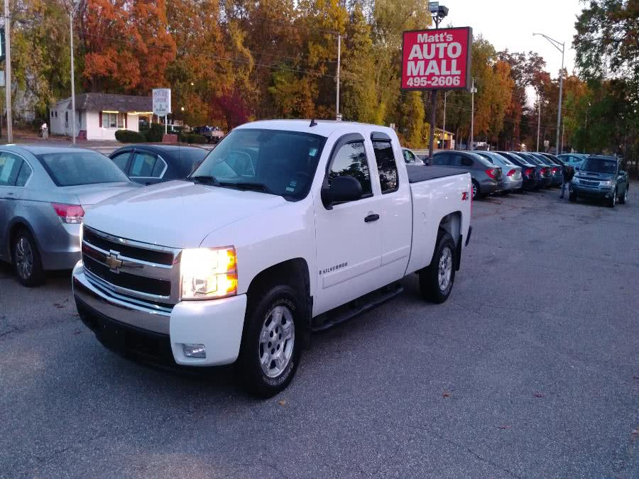 Used 2008 Chevrolet Silverado 1500 in Chicopee, Massachusetts | Matts Auto Mall LLC. Chicopee, Massachusetts