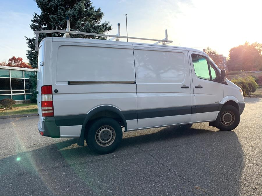 "2010 Freightliner Sprinter 2500 144 "", available for sale in Waterbury, Connecticut 