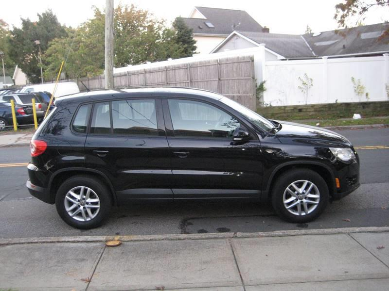 Used Volkswagen Tiguan SE 4Motion 4dr SUV 2011 | Rite Choice Auto Inc.. Massapequa, New York
