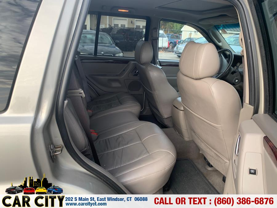 2004 Jeep Grand Cherokee 4dr Limited 4WD, available for sale in East Windsor, Connecticut | Car City LLC. East Windsor, Connecticut