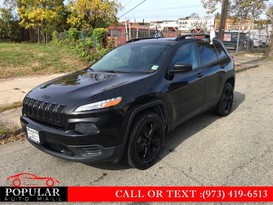 Used 2016 Jeep Cherokee in Newark , New Jersey | Popular Auto Mall Inc . Newark , New Jersey