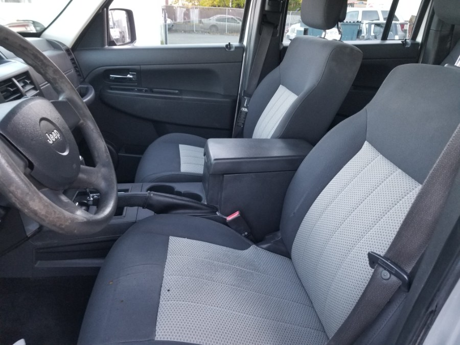 2010 Jeep Liberty 4WD 4dr Sport, available for sale in Patchogue, New York | Romaxx Truxx. Patchogue, New York