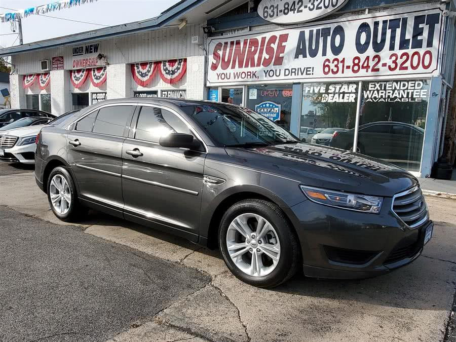Used 2017 Ford Taurus in Amityville, New York | Sunrise Auto Outlet. Amityville, New York