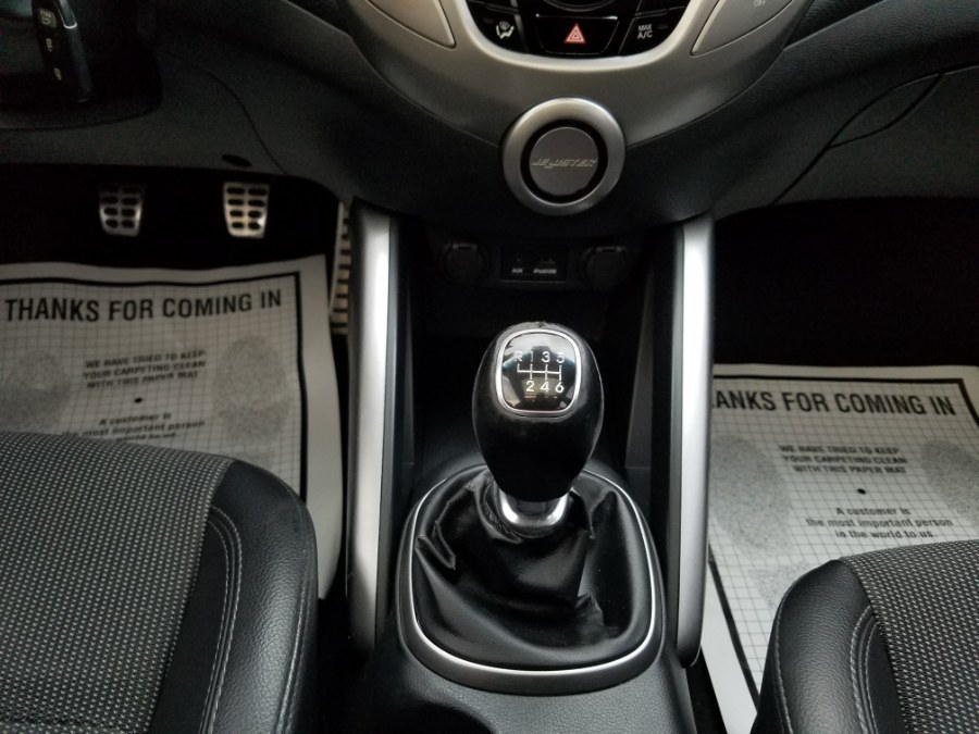 2013 Hyundai Veloster Coupe 3 dr M/T 6-Spd w/Sunroof,Bluetooth, available for sale in Queens, NY