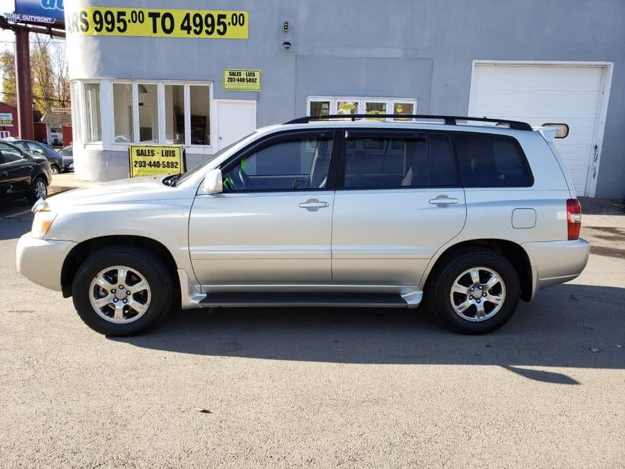 Used 2004 Toyota Highlander in Meriden, Connecticut | Cos Central Auto. Meriden, Connecticut