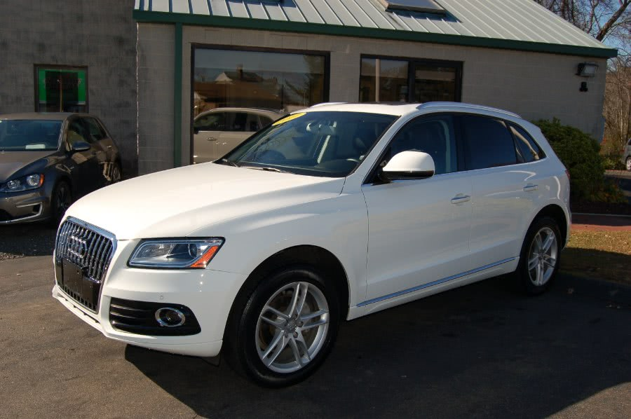 Used 2017 Audi Q5 in Old Saybrook, Connecticut | M&N`s Autohouse. Old Saybrook, Connecticut