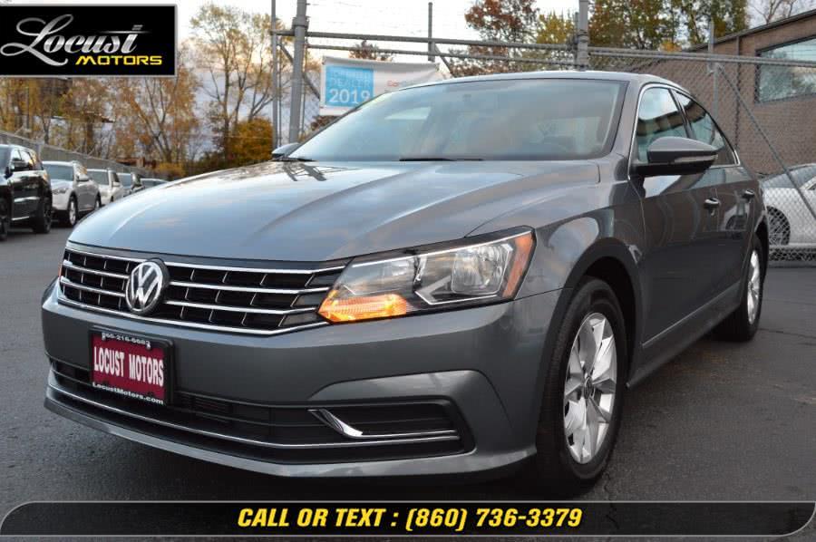 Used 2016 Volkswagen Passat in Hartford, Connecticut | Locust Motors LLC. Hartford, Connecticut