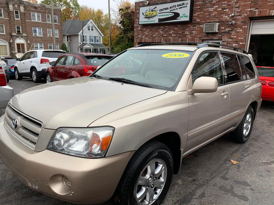 Used 2006 Toyota Highlander in New Britain, Connecticut | Central Auto Sales & Service. New Britain, Connecticut
