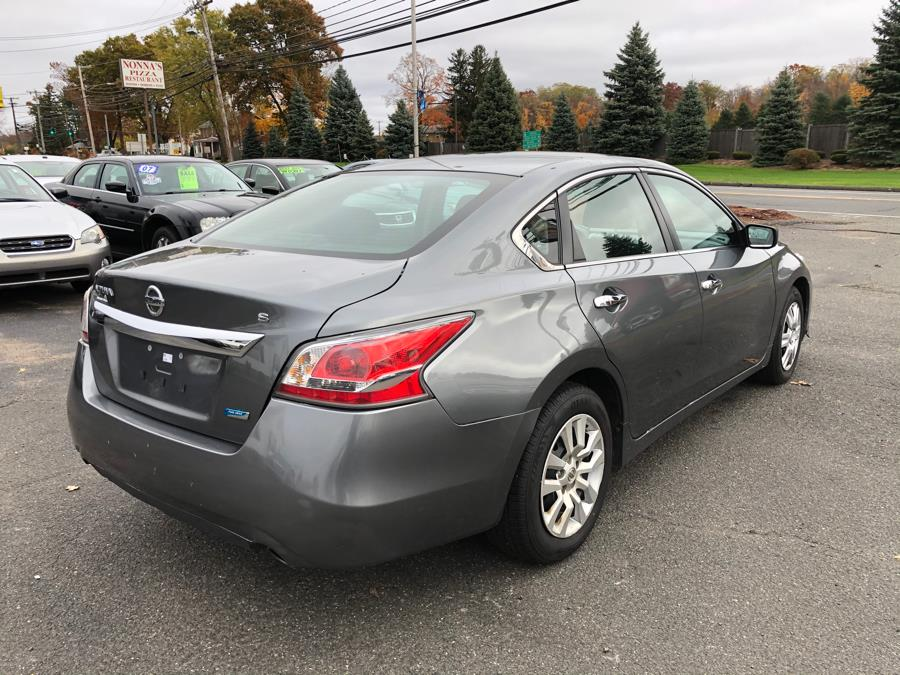 2014 Nissan Altima 4dr Sdn I4 2.5 S, available for sale in East Windsor, Connecticut | A1 Auto Sale LLC. East Windsor, Connecticut