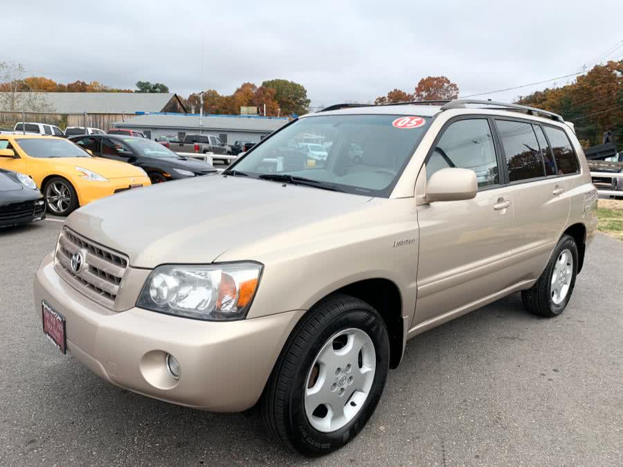 Used 2005 Toyota Highlander in South Windsor, Connecticut | Mike And Tony Auto Sales, Inc. South Windsor, Connecticut