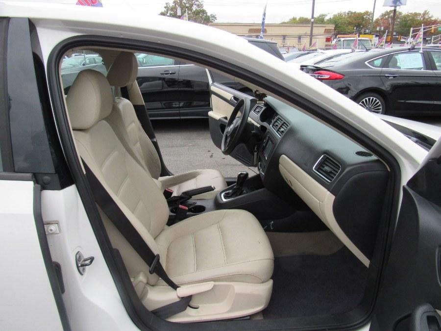 2012 Volkswagen Jetta Sedan 4dr Auto SE PZEV, available for sale in Irvington, New Jersey | NJ Used Cars Center. Irvington, New Jersey