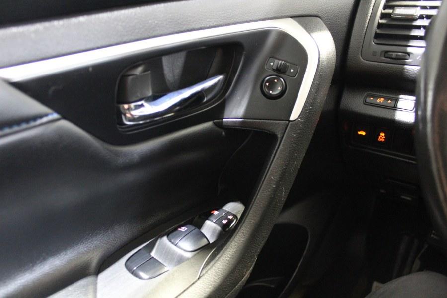 2016 Nissan Altima 4dr Sdn I4 2.5 SR, available for sale in Deer Park, New York | Car Tec Enterprise Leasing & Sales LLC. Deer Park, New York