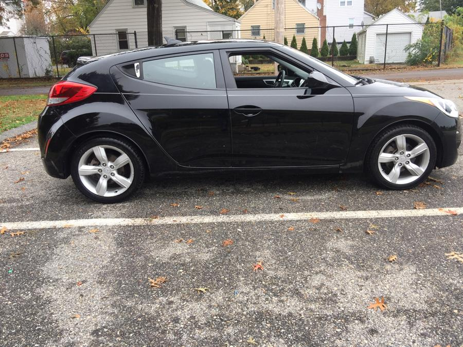 2012 Hyundai Veloster 3dr Cpe Man w/Black Int, available for sale in Stratford, Connecticut | Mike's Motors LLC. Stratford, Connecticut