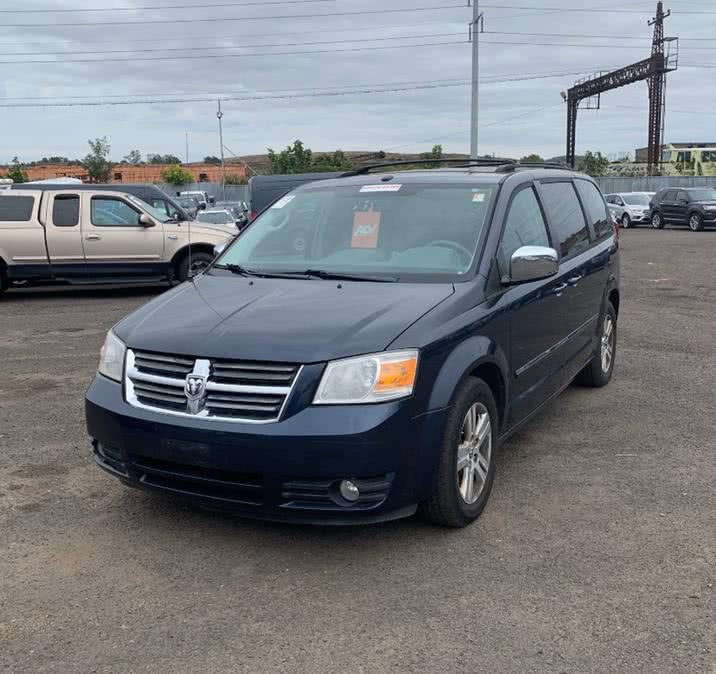 Used 2008 Dodge Grand Caravan in Danbury, Connecticut | Car City of Danbury, LLC. Danbury, Connecticut