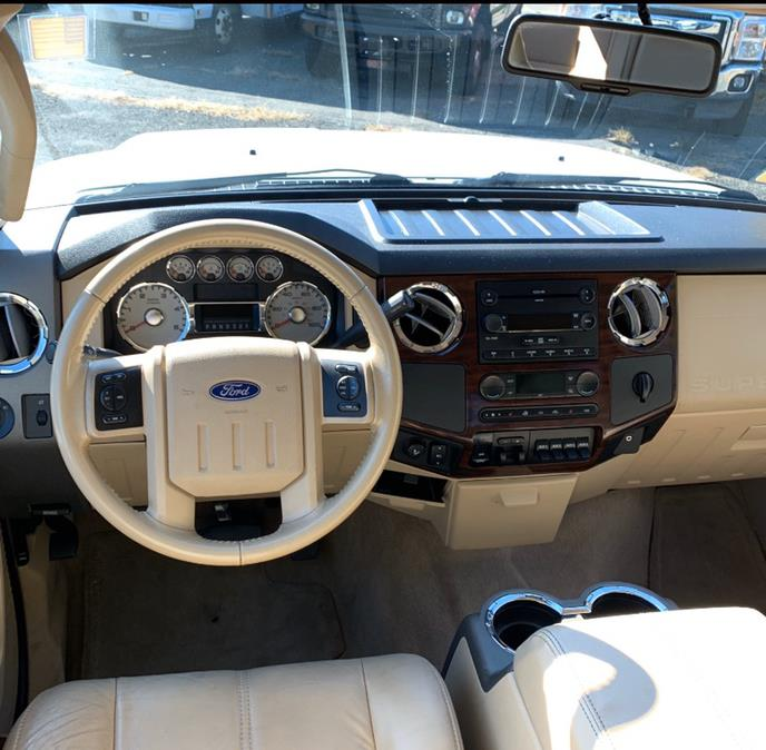 2008 Ford Super Duty F-550 DRW 2WD Crew Cab 200