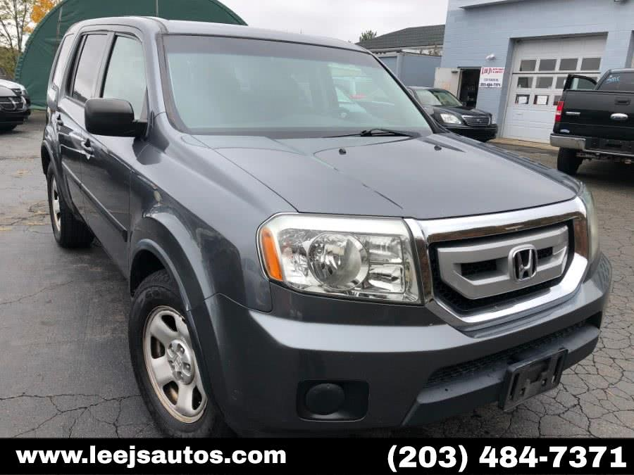 Used Honda Pilot 4WD 4dr LX 2010 | LeeJ's Auto Sales & Service. North Branford, Connecticut