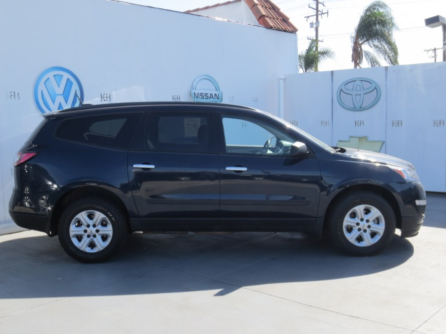 2016 Chevrolet Traverse FWD 4dr LS w/1LS, available for sale in Santa Ana, California | Auto Max Of Santa Ana. Santa Ana, California