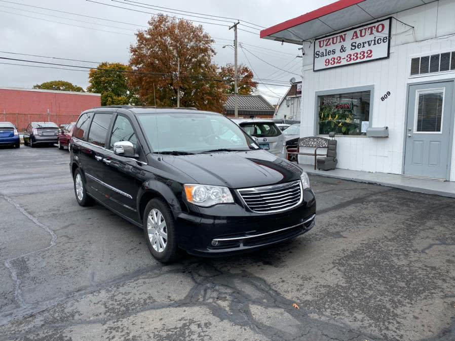 Used 2012 Chrysler Town & Country in West Haven, Connecticut | Uzun Auto. West Haven, Connecticut